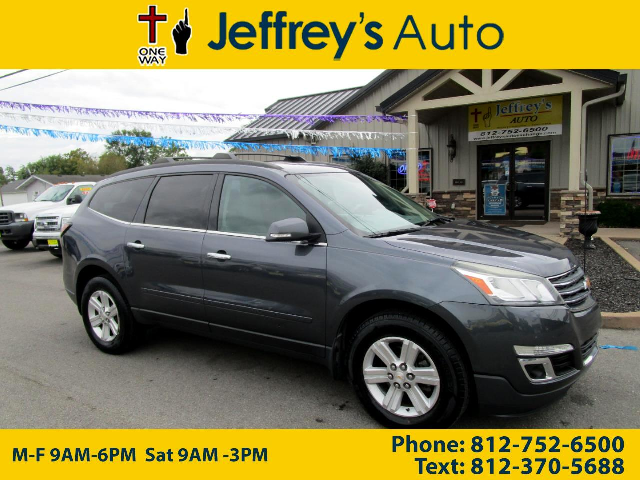 2013 Chevrolet Traverse LT Cloth FWD