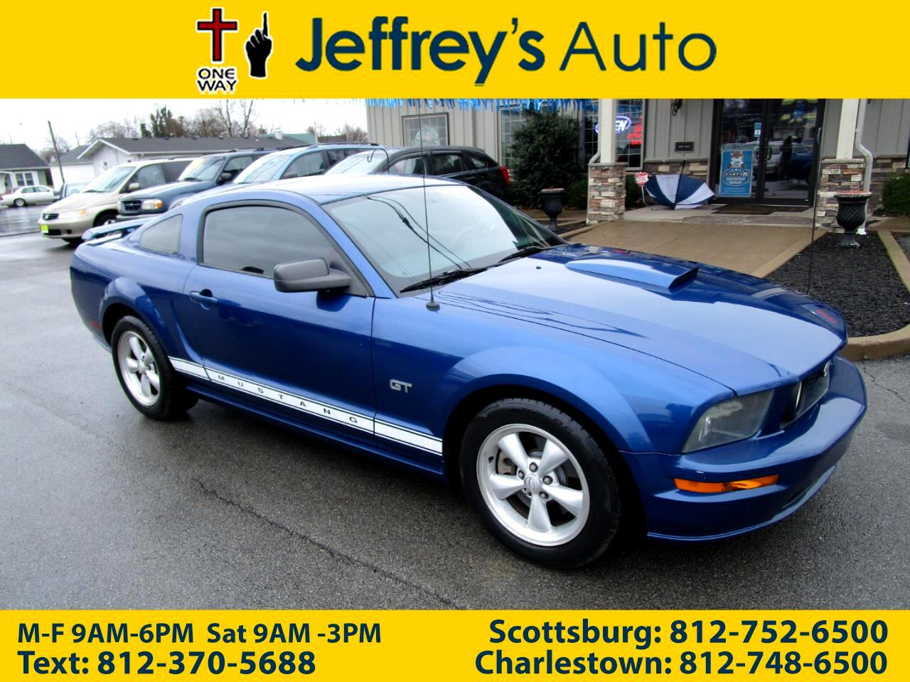 Ford Mustang GT Deluxe Coupe 2008