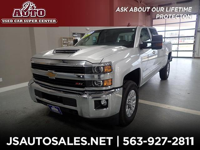 2017 Chevrolet Silverado 2500HD LT Crew Cab Long Box 4WD