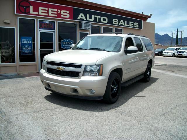 2008 Chevrolet Suburban 2WD 4dr 1500 LT w/2LT