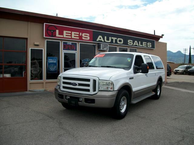 2005 Ford Excursion 137 WB 6.8L Eddie Bauer