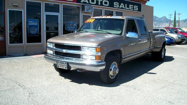 1997 Chevrolet C/K 3500 4dr 168.5 WB
