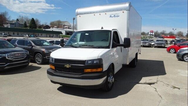 """Chevrolet Express Commercial Cutaway 3500 Van 159"""" 2019"""