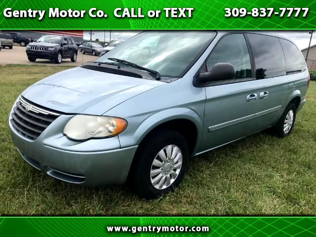 2006 Chrysler Town & Country 4DR LX
