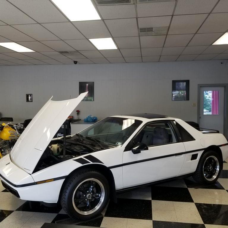 1984 Pontiac Fiero Sports