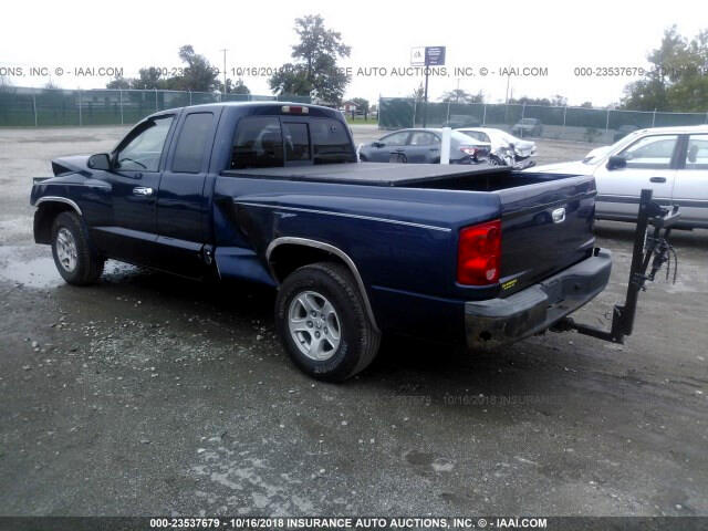 2006 Dodge Dakota ST Club Cab 2WD