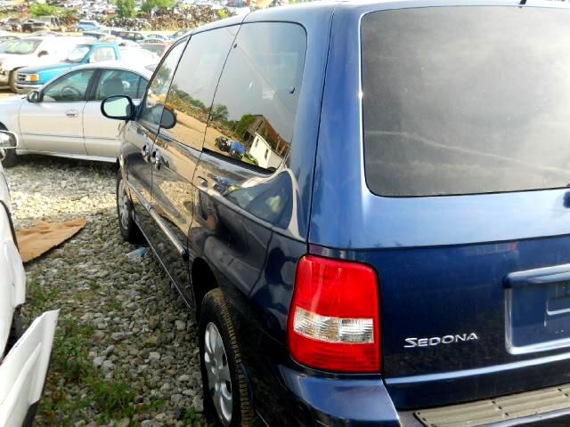 2005 Kia Sedona EX