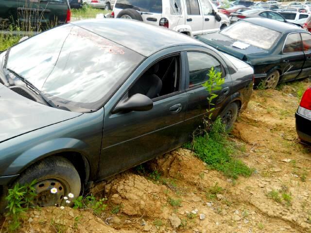 2002 Dodge Stratus Sedan SE