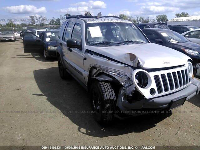 Jeep Liberty Sport 2WD 2005