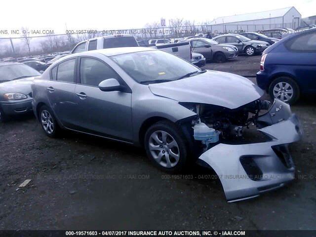 Mazda MAZDA3 i Sport 4-Door 2012