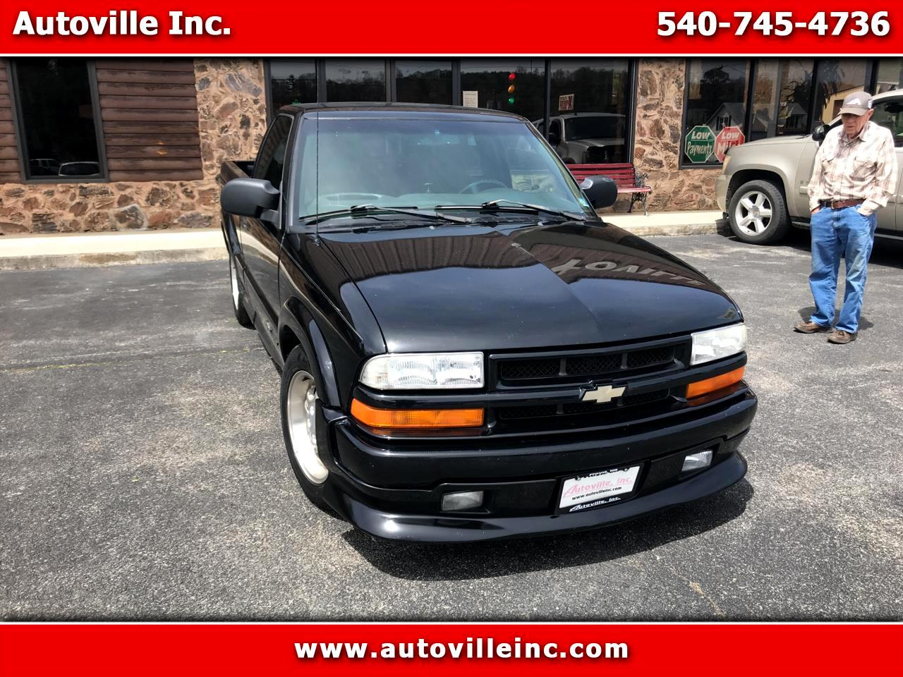 2000 Chevrolet S10 Pickup LS Reg. Cab Short Bed 2WD
