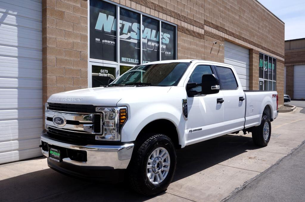 Ford Super Duty F-350 SRW XLT 4WD Crew Cab 8' Box 2018