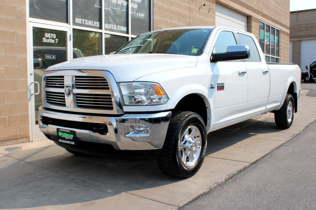 """RAM 3500 4WD Crew Cab 169"""" Laramie 2011"""