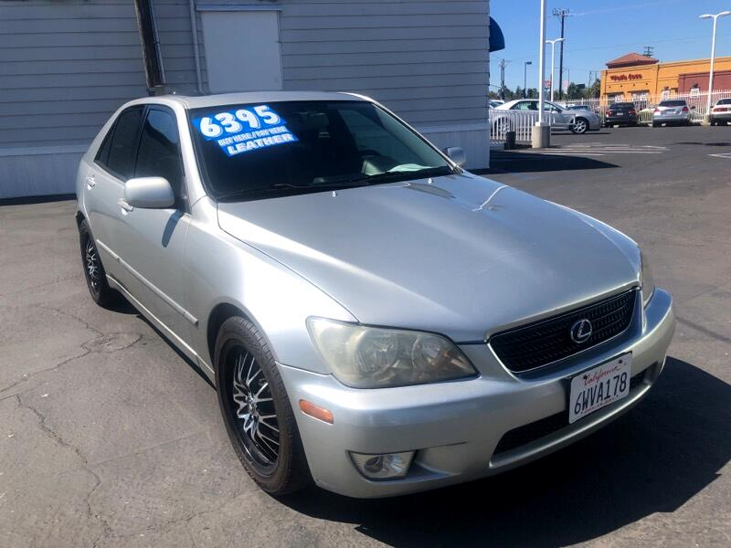 2002 Lexus IS 300 4dr Sdn
