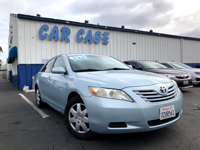 Toyota Camry LE LE 5-Spd AT 2009