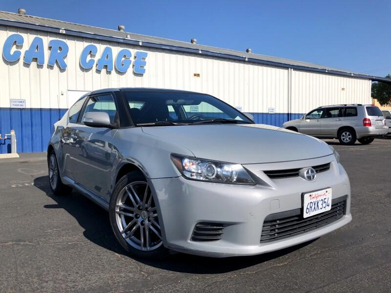 Scion tC Sports Coupe 6-Spd AT 2011
