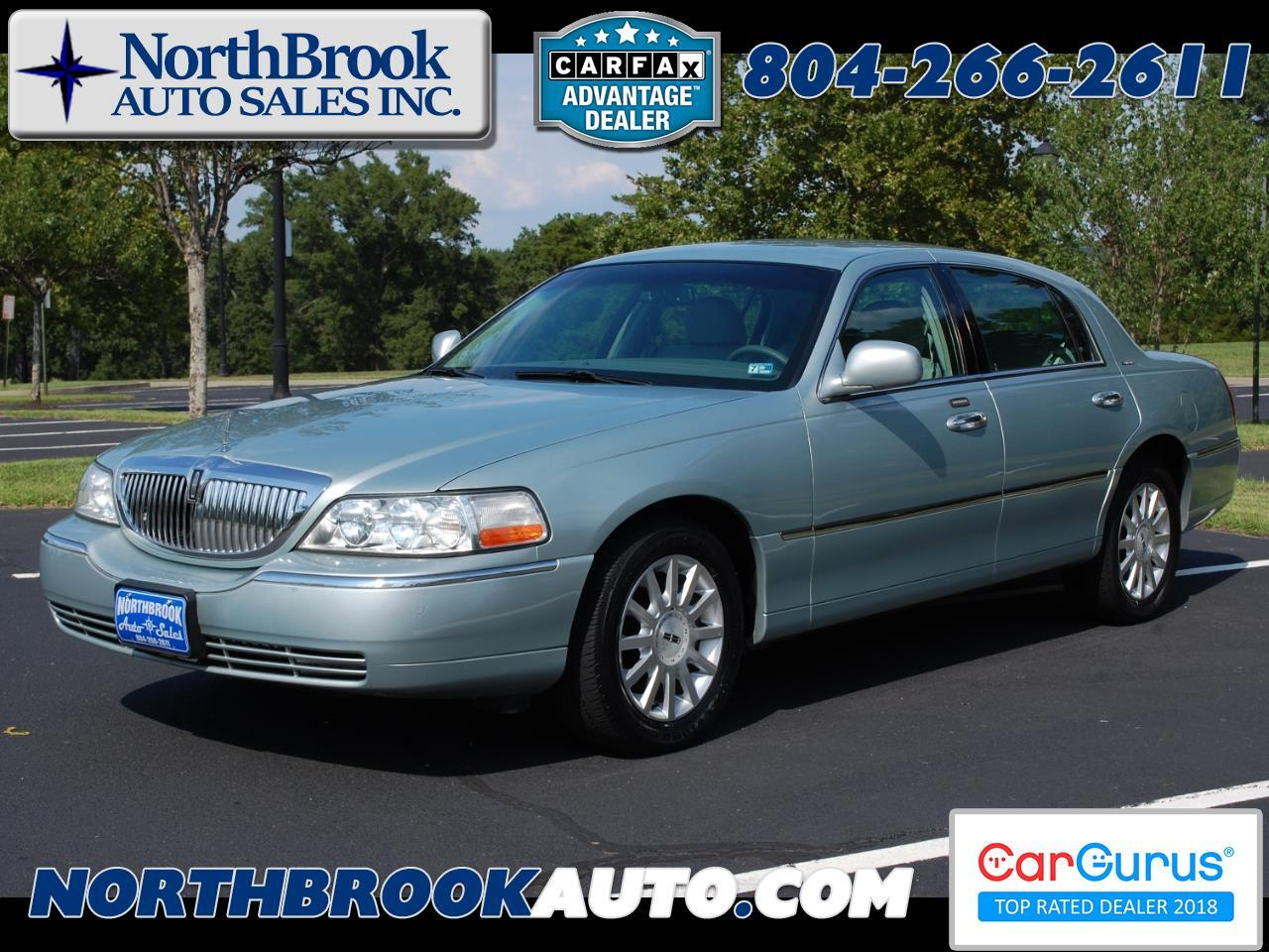 2007 Lincoln Town Car 4dr Sdn Signature