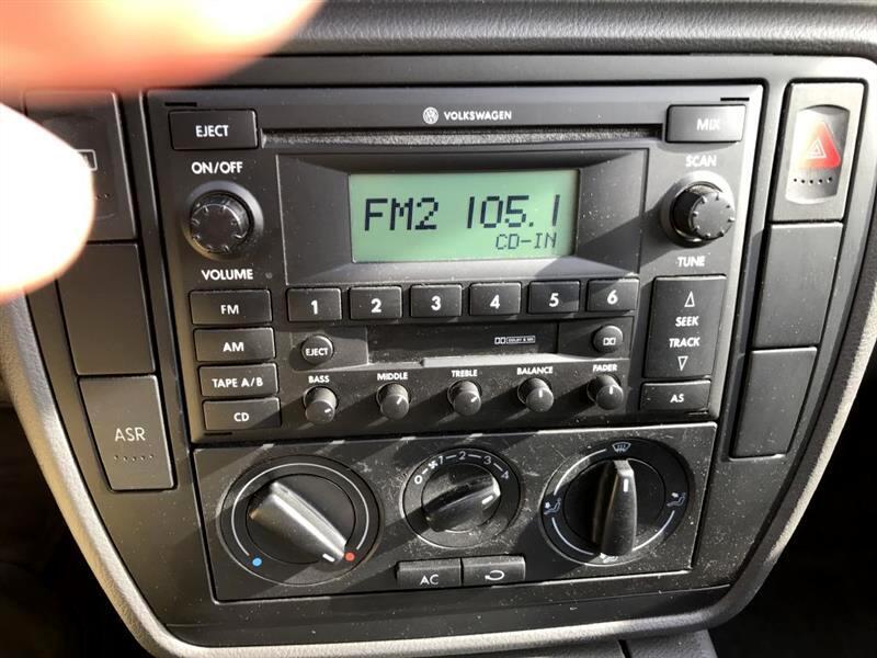 2005 Volkswagen Passat 4dr GL Auto *Ltd Avail*