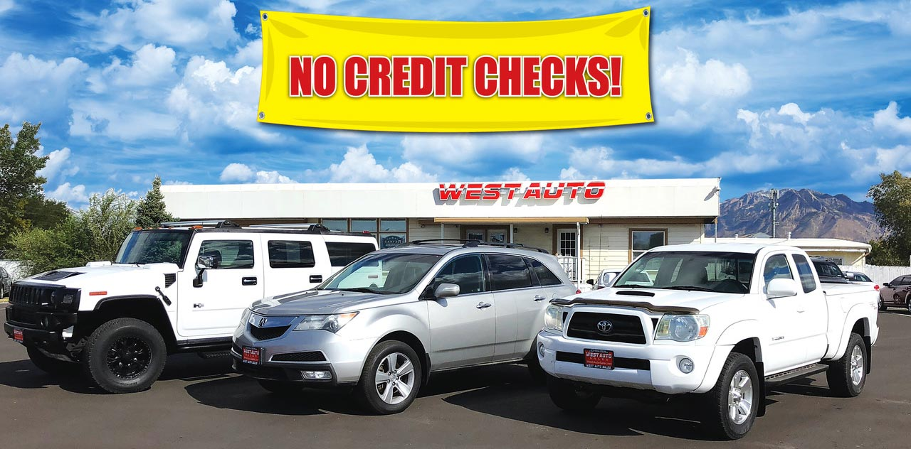 No credit check banner over dealership photo