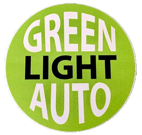 Green Light Auto Logo