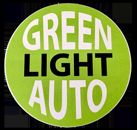 Green Light Auto Logo